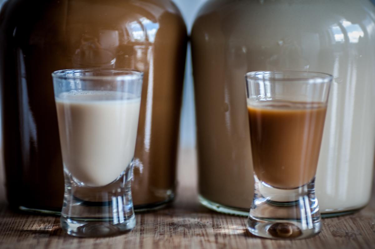 Likier kawowy na dwa sposoby
